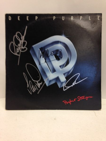 Deep Purple **PERFECT STRANGERS** Signed & Certified LP Cover with vinyl record - GV666145 - signed by: Ritchie Blackmore, Ian Gillan, Roger Glover, Ian Paice