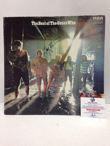 The Guess Who **THE BEST OF THE GUESS WHO** Signed & Certified LP Cover with vinyl record - GV704317 - signed by: Jim Kale, Garry Peterson, Dale Russell