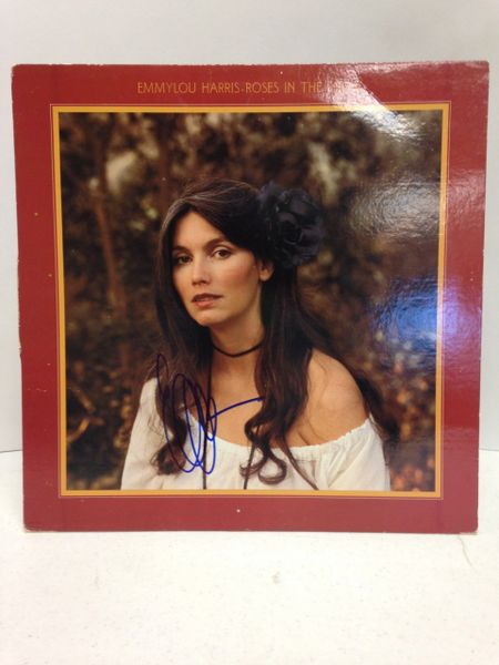 Emmylou Harris **ROSES IN THE SNOW** Signed & Certified LP Cover with vinyl record - GV528822