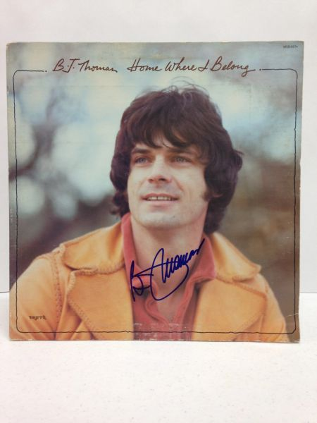 B.J. Thomas **HOME WHERE I BELONG** Signed & Certified LP Cover with vinyl record - GV562220