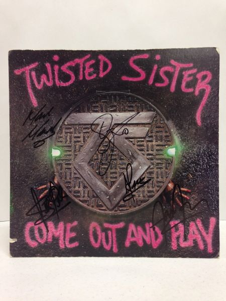 Twisted Sister **COME OUT AND PLAY** Signed & Certified LP Cover with vinyl record - GV591141 - signed by: Jay Jay French, Eddie Ojeda, Dee Snider, Marc Mendoza, A. J. Pero