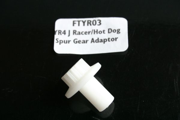 Fastrax Delrin Spur Gear Adapter For Yokomo YR-4 J Racer / Hot Dog - FTYR03 YR4