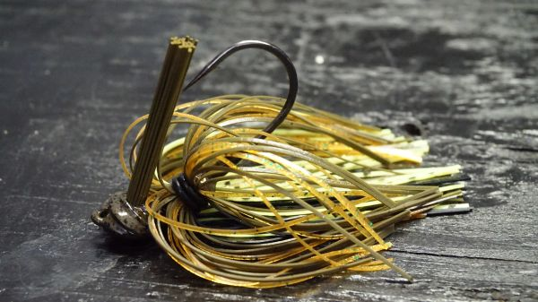 Premium Bass Jigs and Spinnerbaits - BLACK BASS TACKLE INDUSTRIES