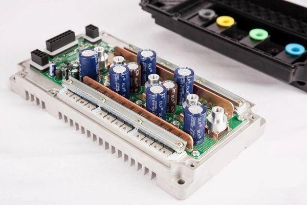 GoGoA1 EM 200 48V 200A Regenerative Controller