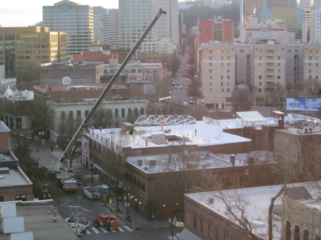 Downtown Portland OR  Lifting Roof panels HVAC Units  Mechanical construction  Machinery Moving and