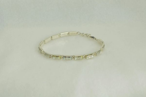 "Sterling silver mother of pearl inlay rectangle 7.5 "" link bracelet. B017"