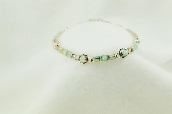 "Sterling silver white opal inlay link 7.75"" bracelet. B086"