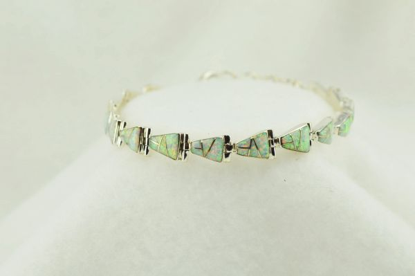 "Sterling silver white opal inlay link 7.5"" bracelet. B089"