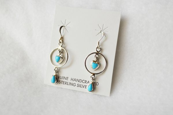 Sterling silver turquoise heart in hoop dangle earrings. (E056)