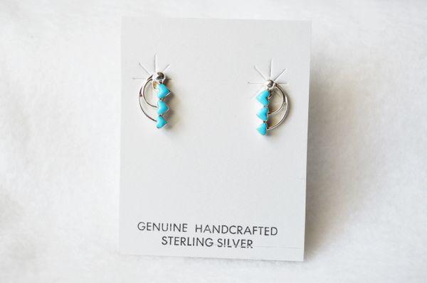 Sterling silver turquoise triple heart post earrings. E163