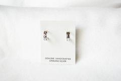 Sterling silver small hoop post earrings. E344