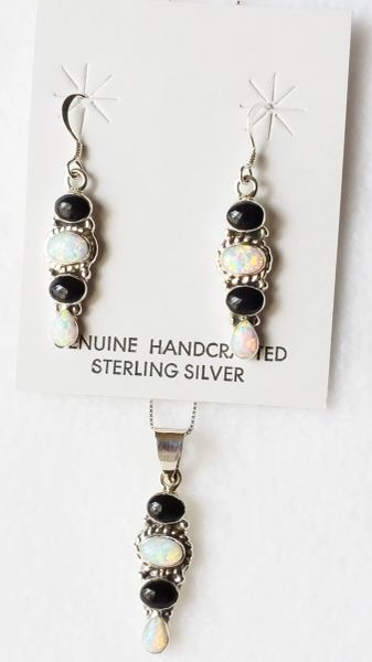 "Sterling silver white opal and black onyx 4 spot dangle earrings and 18"" sterling silver box chain necklace set. S038"