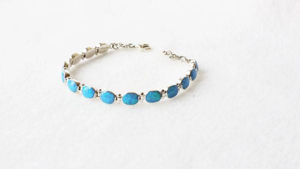 """Sterling silver blue opal 7.50"""" oval link bracelet. B007"""