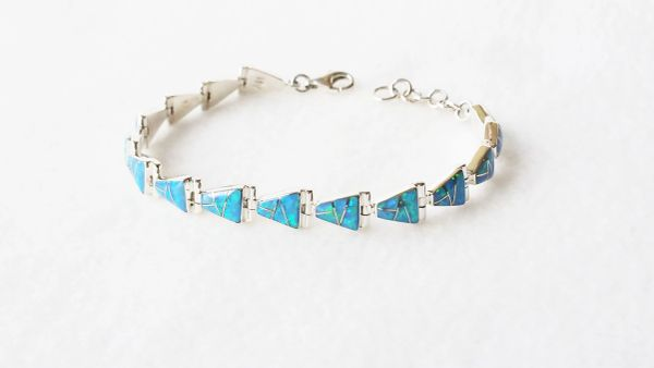 "Sterling silver blue opal inlay 7.50"" triangle link bracelet. B008"