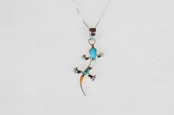 "Sterling silver multi color inlay lizard pendant with sterling silver 18"" box chain. N038"