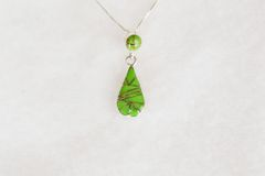"Sterling silver gaspeite inlay teardrop pendant with sterling silver 18"" box chain. N096."