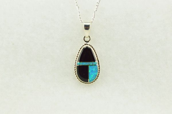 "Sterling silver blue opal and black onyx inlay teardrop pendant with sterling silver 18"" figaro chain. N153"