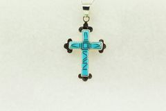 """Sterling silver turquoise inlay cross pendant with sterling silver 18"""" figaro chain. N183"""