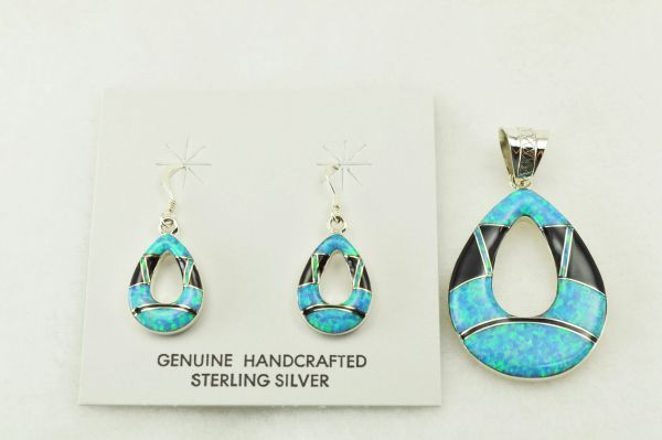 Sterling silver black onyx and blue opal inlay hollow raindrop earrings and pendant set. S219