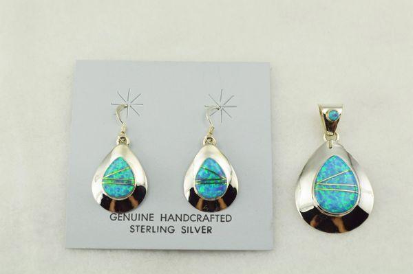 Sterling silver blue opal inlay teardrop earrings and pendant set. S264