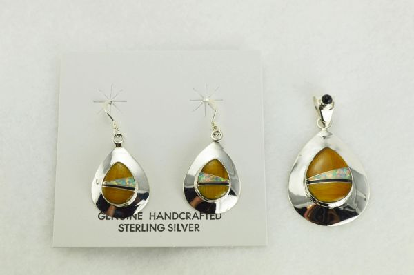 Sterling silver white opal, tiger eye and black onyx inlay raindrop dangle earrings and pendant set. S347