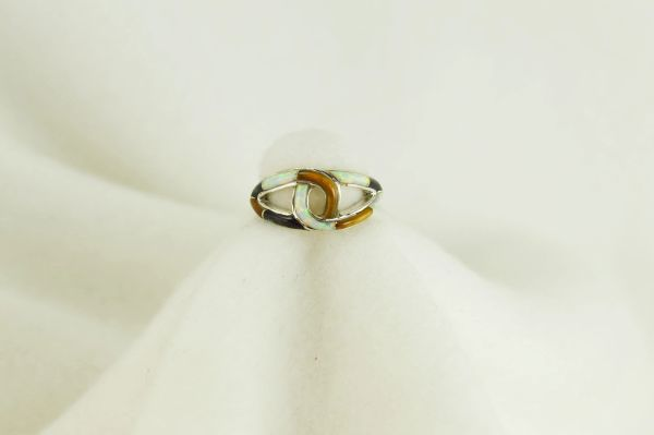 Sterling silver tiger eye, black onyx and white opal inlay ring. R046