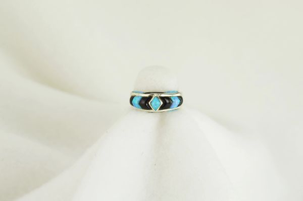 Sterling silver black onyx and blue opal ring. R053