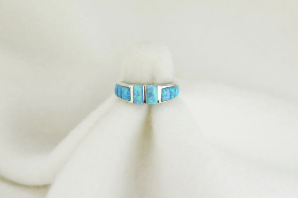 Sterling silver blue opal inlay ring. R087