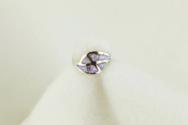 Sterling silver pink opal inlay ring. R097