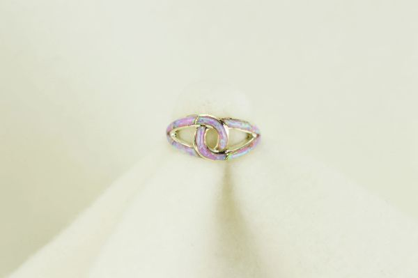 Sterling silver pink opal inlay ring. R102