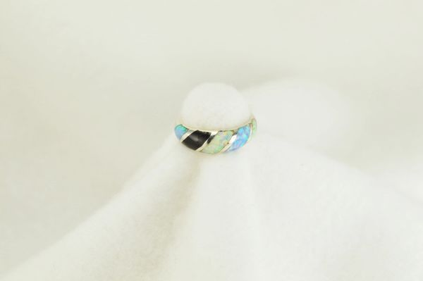 Sterling silver white opal, blue opal and black onyx inlay ring. R110