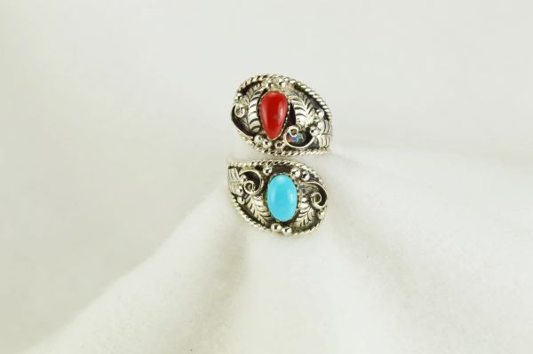 Sterling silver turquoise and coral ring. R124