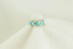 Sterling silver turquoise and white opal inlay ring. R129