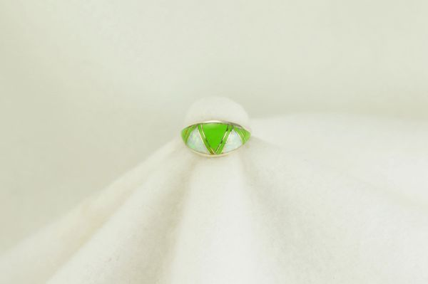 Sterling silver gaspeite and white opal inlay ring. R140