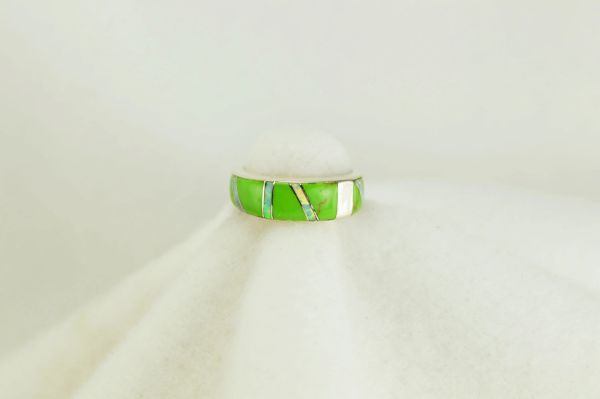 Sterling silver gaspeite and white opal inlay ring. R143