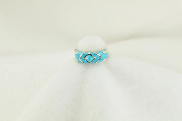 Sterling silver turquoise inlay ring. R174