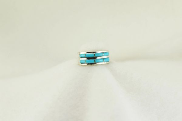 Sterling silver turquoise inlay ring. R178