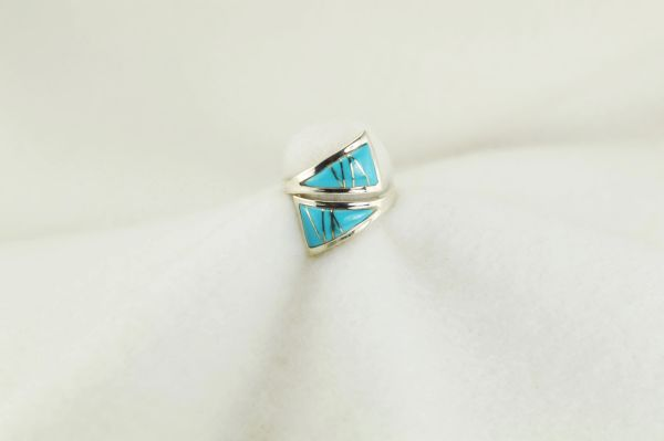 Sterling silver turquoise inlay ring. R183
