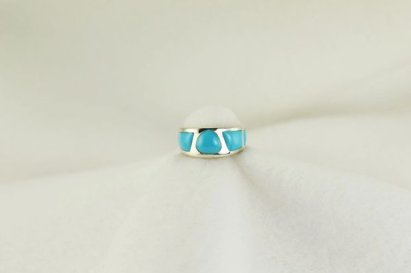 Sterling silver turquoise inlay ring. R194