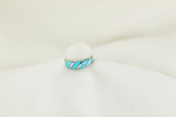 Sterling silver turquoise inlay ring. R195