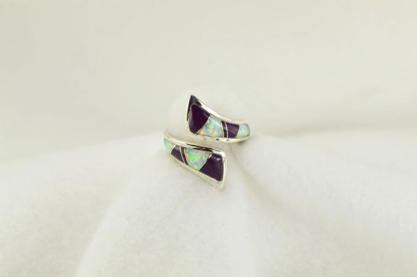 Sterling silver sugilite and white opal inlay ring. R199