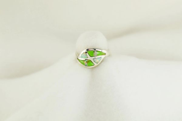 Sterling silver gaspeite and white opal inlay ring. R216