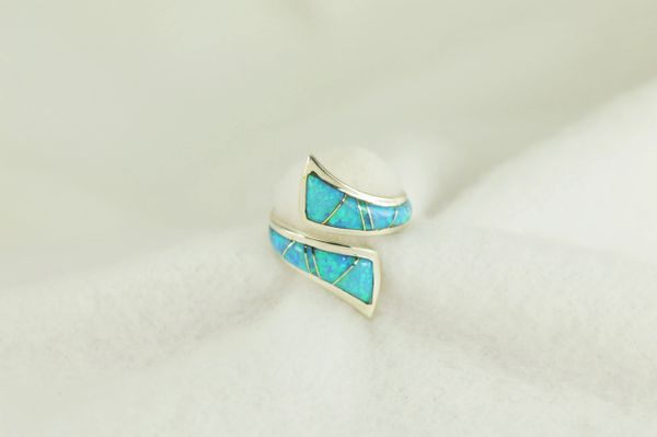 Sterling silver blue opal inlay ring. R229