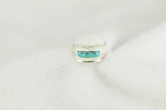 Sterling silver blue opal inlay ring. R234