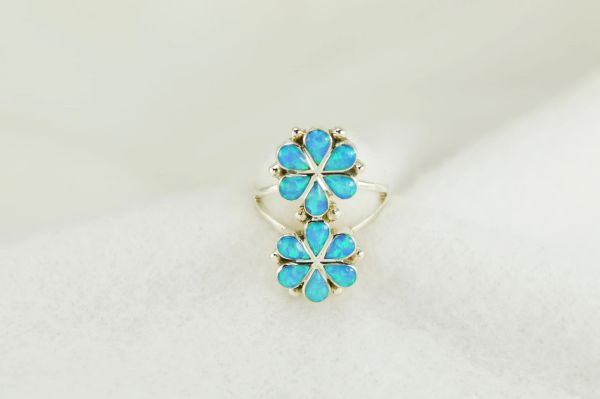 Sterling silver blue opal inlay ring. R238