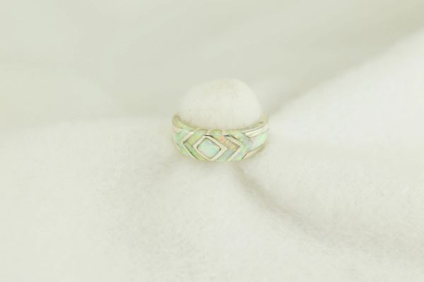 Sterling silver white opal inlay ring. R243