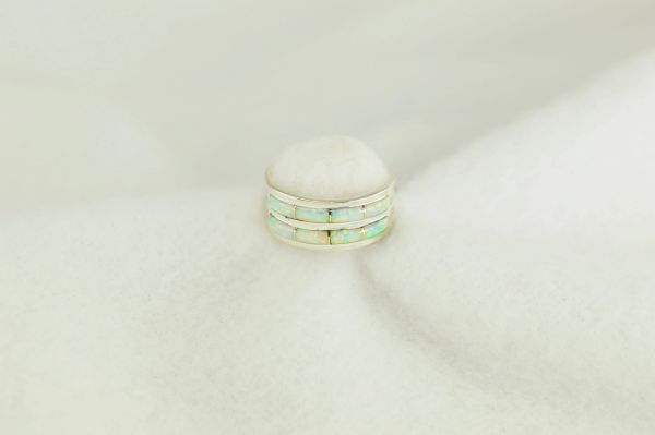 Sterling silver white opal inlay ring. R247