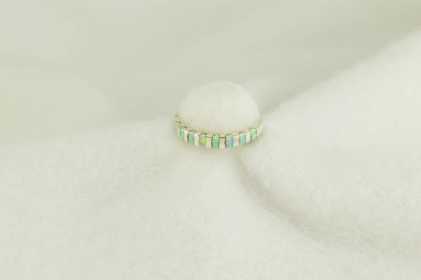 Sterling silver white opal inlay ring. R248