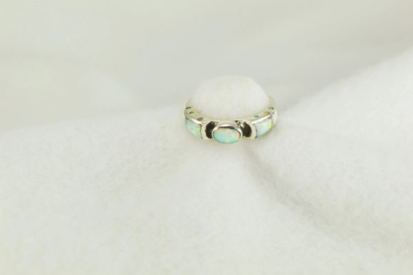 Sterling silver white opal inlay ring. R249
