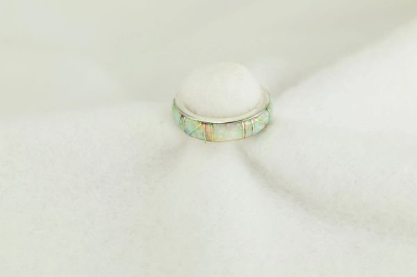 Sterling silver white opal inlay ring. R253